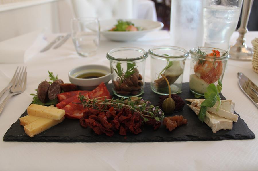 Bandholm gourmetrestaurant Tapas tallerken med lokale råvarer