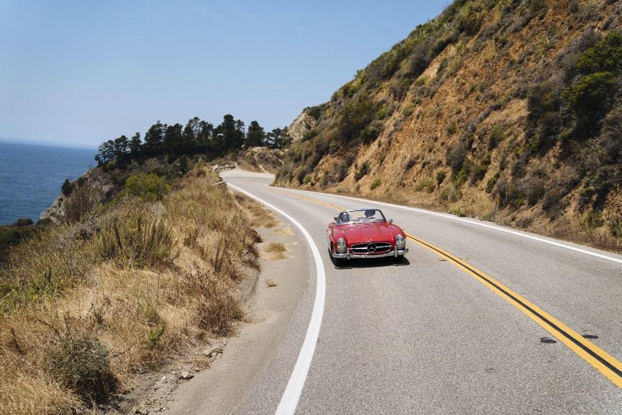 Ikonisk Dream Drive langs Californiens Highway 1