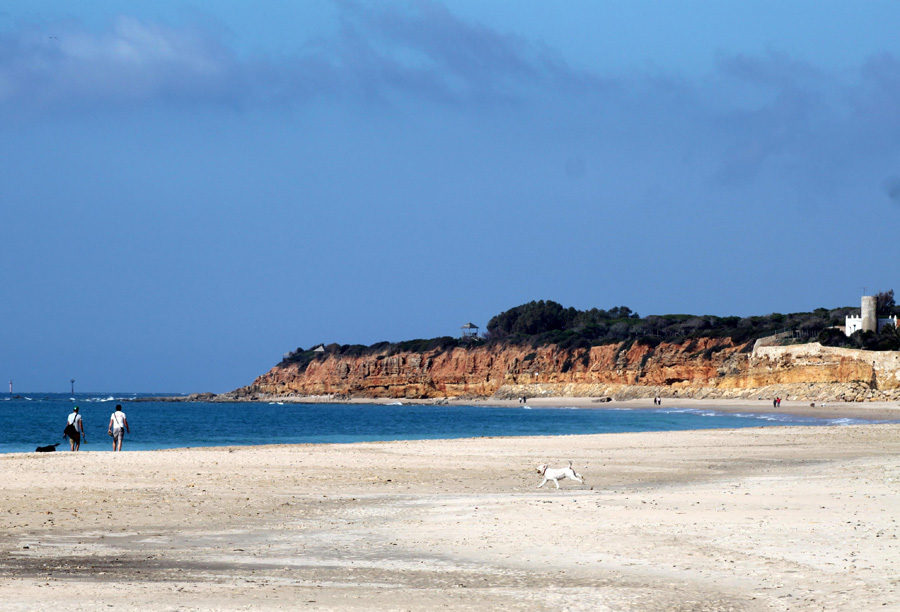 Lot of opportunities for shoreline strolls at  Costa de la Luz