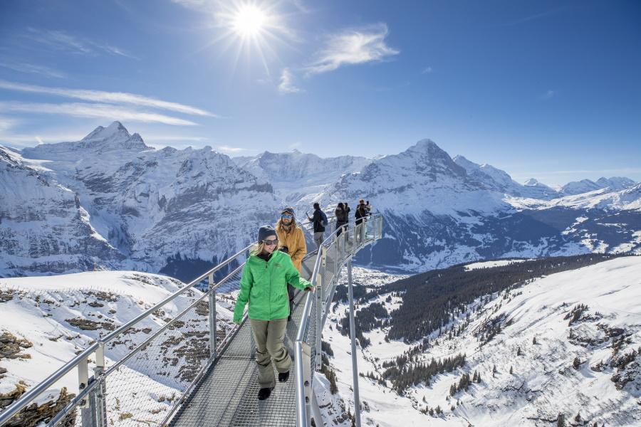 Kom tæt på bjergtinderne i schweiziske Grindelwald